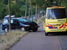 Gewonde na crash tegen lantaarnpaal in Soest