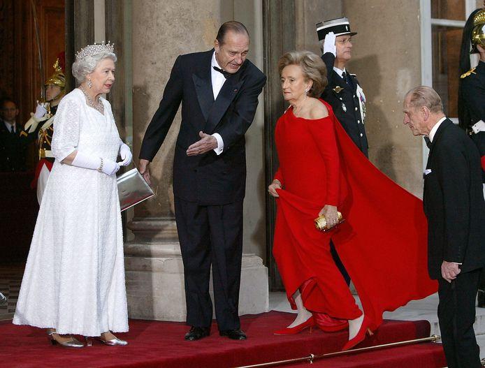 Jacques Chirac op bezoek bij de Queen in 2004.