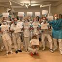 Artsen van het academisch ziekenhuis in Groningen doen een dringende oproep: blijf thuis.