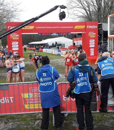 EK Cross: perfect weer met regen, wind en modder