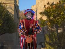 Populair Sinterklaasjournaal Elburg gaat overstag en kiest voor Grijze Piet: 'Kinderen hadden moeite met zwart'
