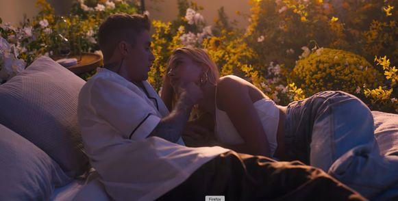 Justin en Hailey zijn samen te zien in Justins nieuwste videoclip.