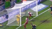 Wéér een zeer nipt geval: kopte Vormer de bal over de lijn of niet?