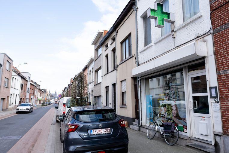 MECHELEN - Deze apotheek langs de Hombeeksesteenweg werd overvallen op 19 maart