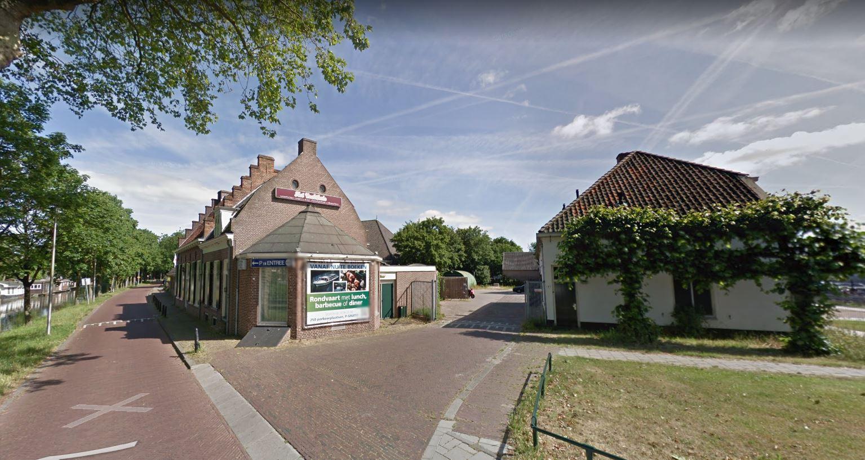 Op het terrein van het Vechthuis aan de Jagerskade in Utrecht komen woningen en een café-restaurant.