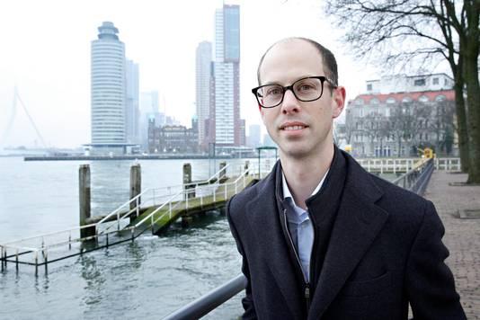 PvdA-Kamerlid Duco Hoogland op Rotterdam-Katendrecht.