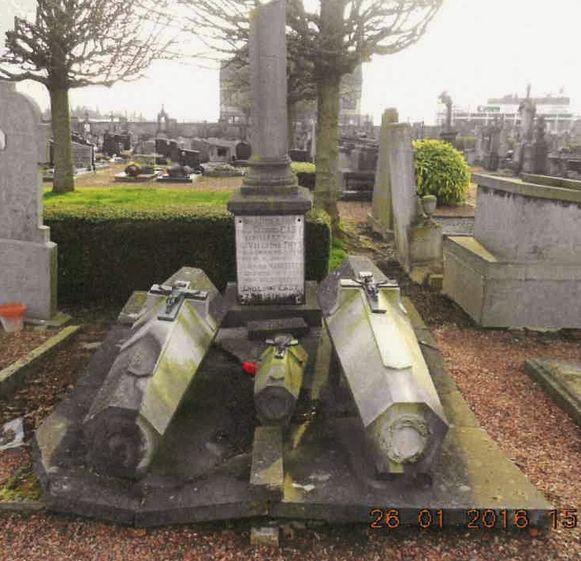 Het graf van dokter Caby is een mooi voorbeeld van funeraire architectuur.
