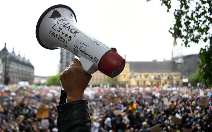 Manifestation devant le Parlement britannique à Londres, ce samedi 6 juin.