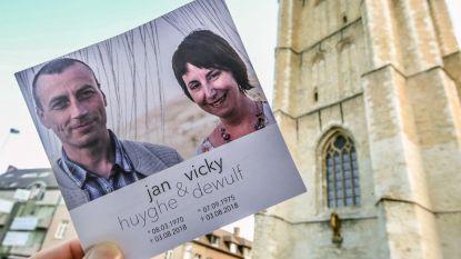 """Afscheid van koppel dat omkwam bij ongeval in Portugal: """"Wouter en Matias staan niet alleen in hun verdere leven"""""""