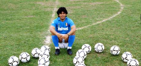 Napoli in 'Argentijns' shirt tegen AS Roma