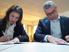 Gedeputeerde zet handtekening van 1,5 miljoen voor warmtenet Roosendaal