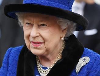 Ook de Queen springt op de cannabis-kar: Britse koningin verkoopt drankjes met CBD