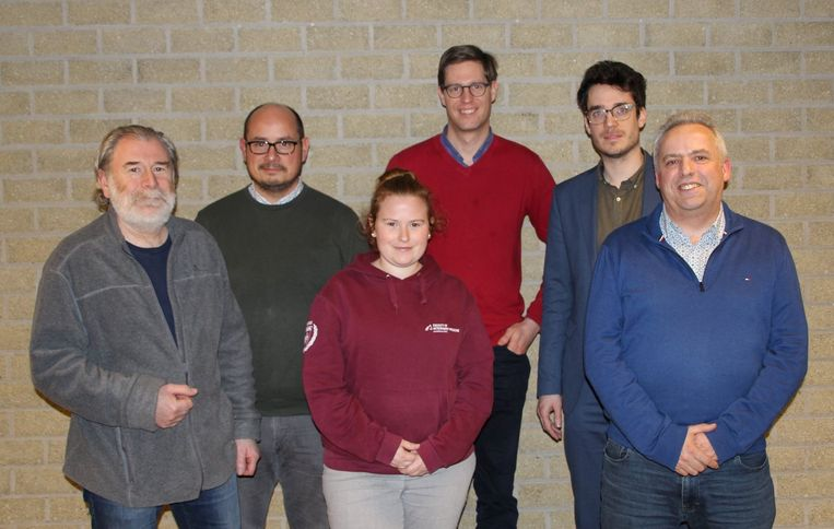 Het nieuwe bestuur van KWB Hooglede-Gits bestaat uit Bart Gevaert, Frederik Demeyere, Stien Gevaert, Jeroen Decorte, Arne De Brabandere en Rik Vulsteke