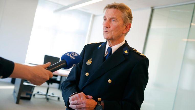 Voormalig korpschef Gerard Bouman beschuldigt een lid van de onafhankelijke onderzoekscommissie-Ruys ervan vooringenomen te zijn en stelt dat hij geen vertrouwen meer heeft in de uitkomst van het onderzoek. Beeld anp