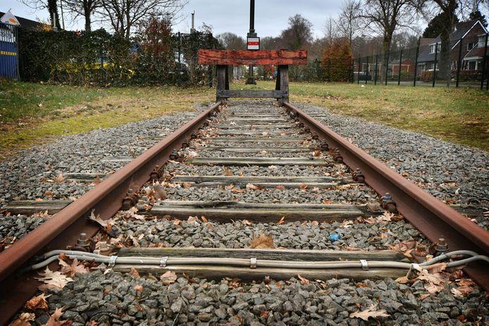De roep om een Nedersaksenlijn wordt steeds luider. Het ongebruikte rangeerterrein aan de Heidelaan in Emmen waar het treinspoor in dit tracé nu stopt.