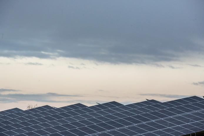 Een deel van de zonneparken die Cleantech Regio wil realiseren is er al. Zoals deze bij Lochem.
