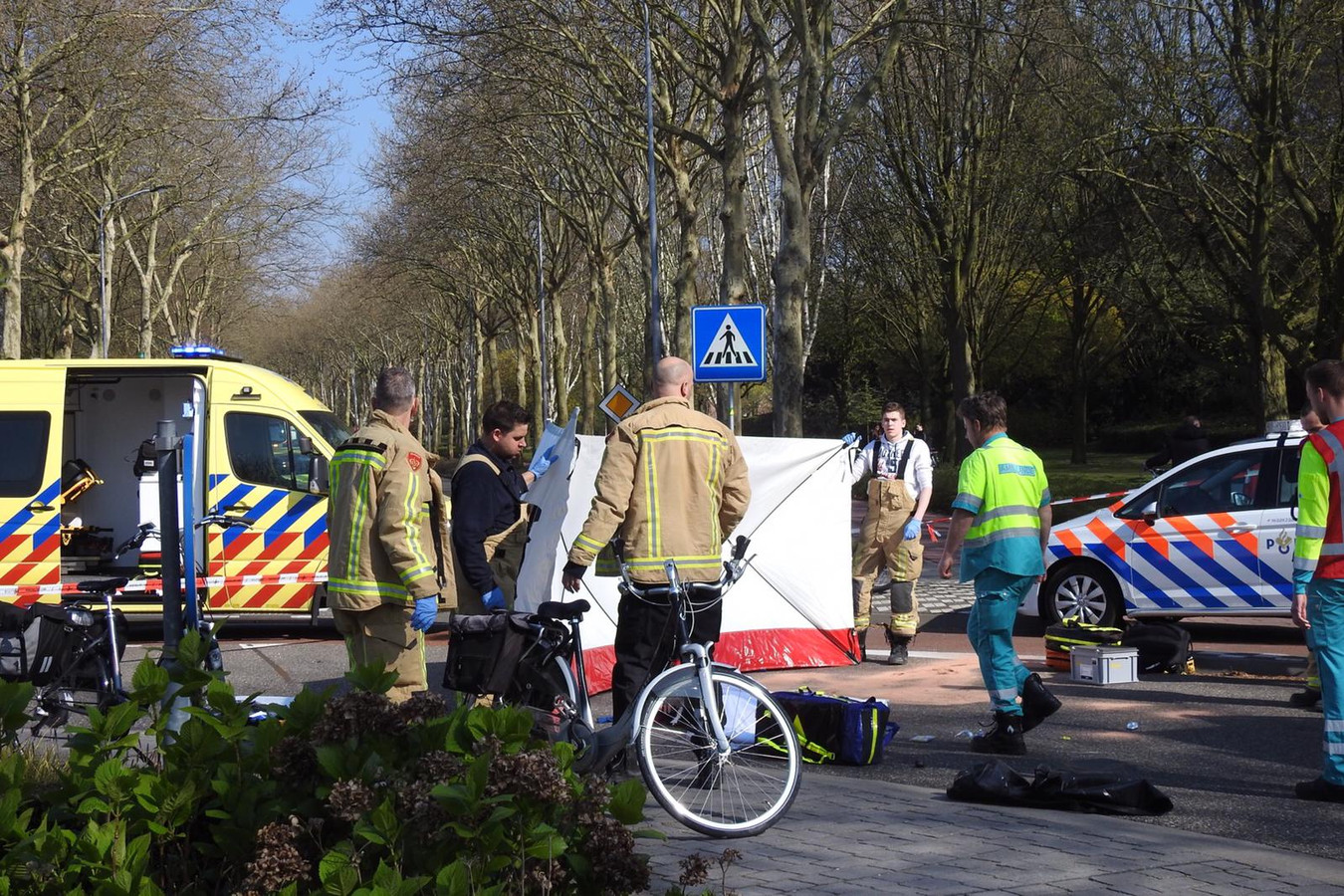 Fietsster overleden na aanrijding in Valkenswaard.