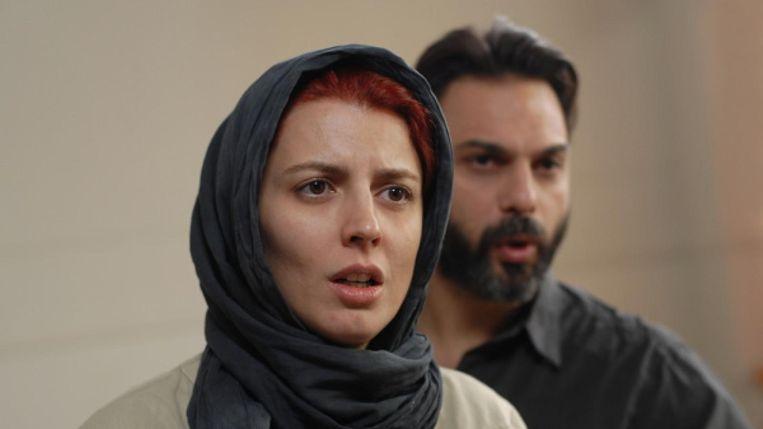 Al zijn films beginnen met een simpele opzet, aldus Asghar Farhadi tegen de Volkskrant. 'Vervolgens ga ik lagen aanbrengen, alles zo vaak kantelen tot je duizelig wordt.' Beeld