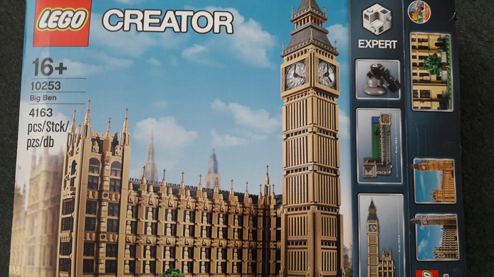 Big Ben in Lego.