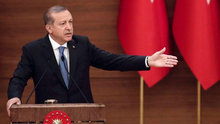 Vorige week werd het verbod ineens weer actueel nadat de Turkse president Erdogan een aanklacht had ingediend Beeld afp