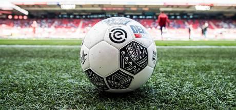 Veld FC Twente in top 3, kunstmat Heracles niet populair
