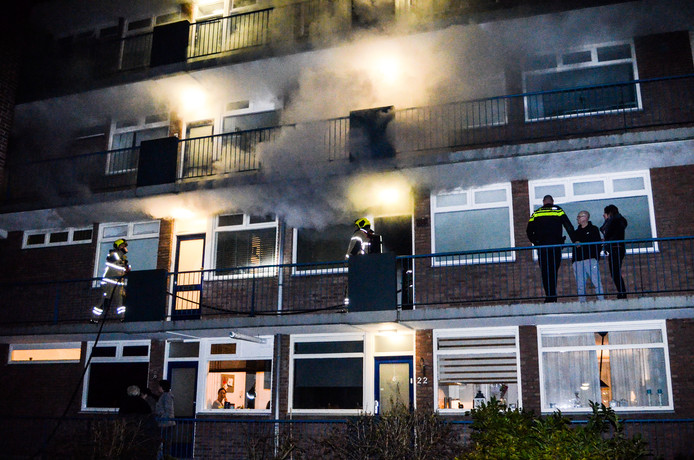 Wasdroger in brand aan de P.C. Hooftlaan Papendrecht.