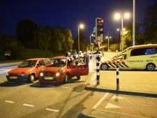 Afsnijdende bestuurder rijdt door na ongeval op 24 Oktoberplein