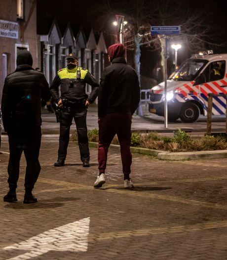 Jongeren verzamelen in Monster na oproep om te demonstreren tegen avondklok