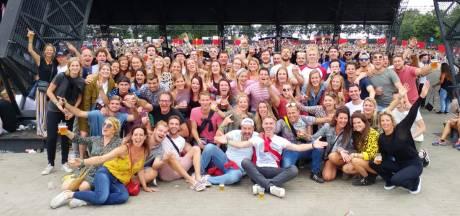 Lowlands 2018: opnieuw een groepsfoto, maar zonder zieke Anja