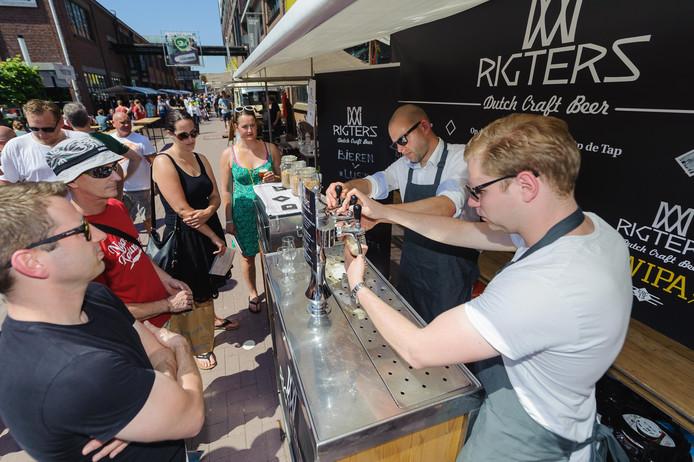 De 5e editie van het Twents Speciaalbier Festival in 2016 trok zo'n 3500 bezoekers.