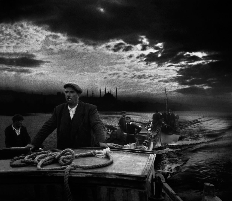 1950: Kumkapi-vissers keren terug naar de haven bij het eerste daglicht.