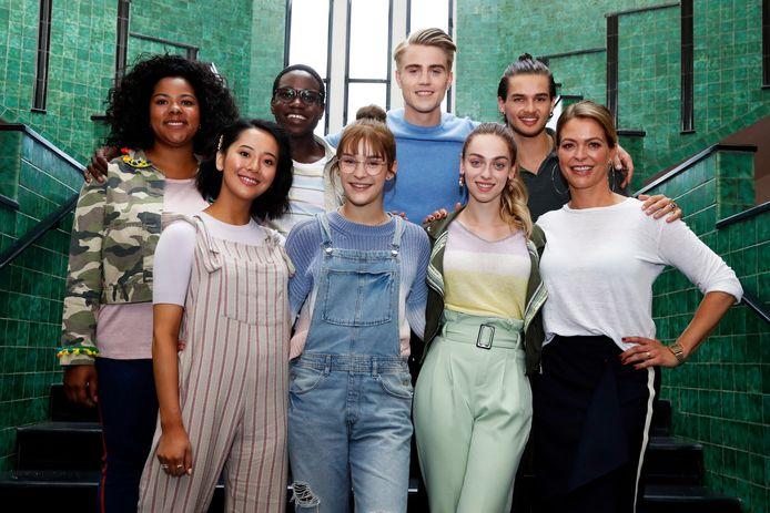De cast van '#LikeMe'.
