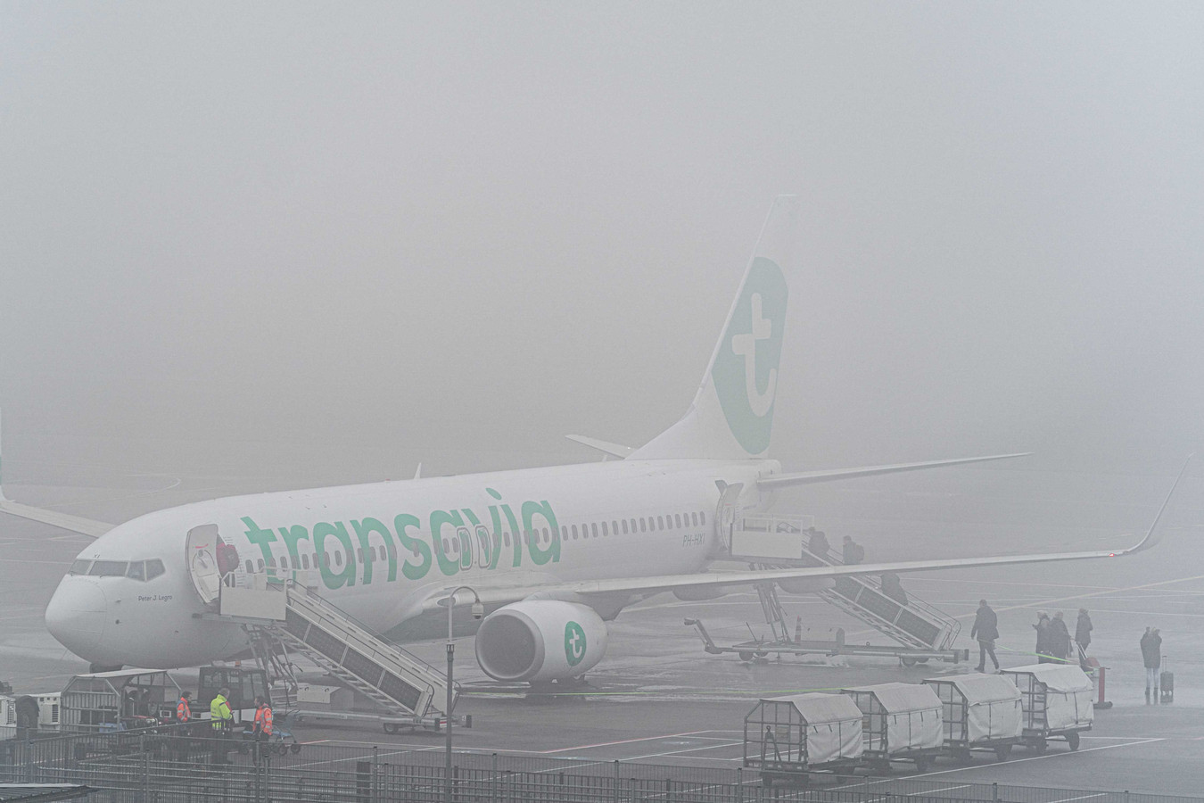 Het vliegverkeer van en naar Eindhoven Airport lag stil als gevolg van de dichte mist.