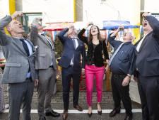 25ste Haringparty bij Bolk in Almelo: 'Niet alleen maar bobo's'