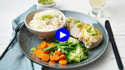 Detox na de feestdagen dankzij deze vederlichte kip curry met véél groenten
