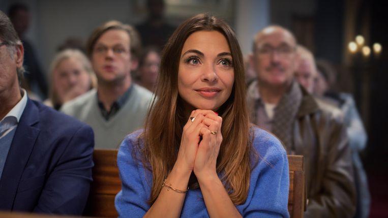 Georgina Verbaan als Celine in De Matchmaker (2018) Beeld RV