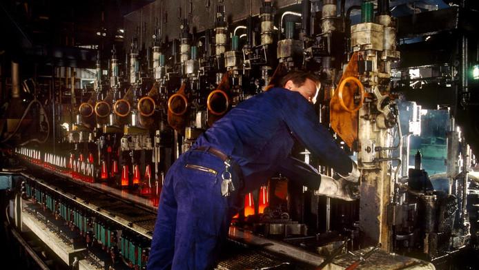 De fabriek, zo'n tien jaar geleden.