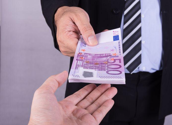 'Een huis kopen? Dan eerst sparen, dat doen heel veel andere jongeren ook', vindt Leefbaar. De andere fracties in Etten-Leur zijn juist voor een starterslening voor jongeren die anders niet in de gelegenheid zijn een eerste huis te kopen.