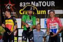 Peter Sagan met Mathieu van der Poel op het podium na een criterium na de Tour de France van vorig jaar.