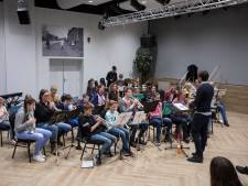 Muziekgezelschappen in regio Helmond laten tradities wat los in ruil voor nieuw bloed