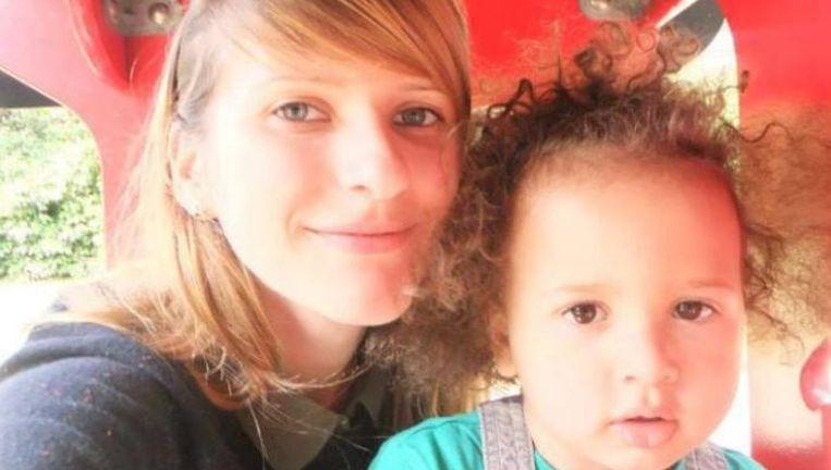 Liliya met zoontje Alex.