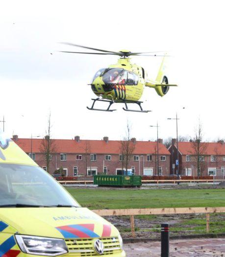 Traumahelikopter naar Emmeloord voor gevallen fietsster