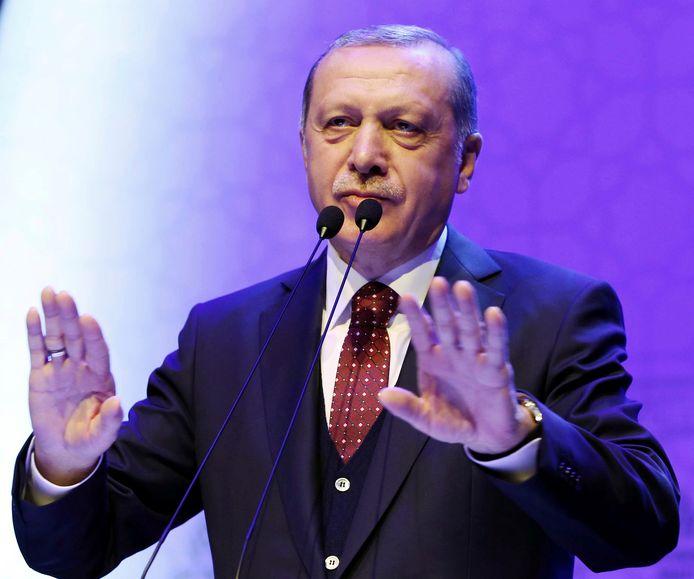 Erdogan deed de uitspraken tegen Merkel vandaag tijdens een toespraak in de Turkse hoofdstad.