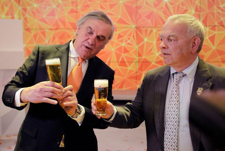 Even een biertje met Philip de ridder van Heineken. Beeld Hollandse Hoogte / VI Images
