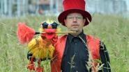 """Buiksprekende goochelaar Luc Vanhee en pop Vincent in Belgium's Got Talent: """"Ik ben maar de assistent, hoor"""""""