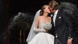Als de erfgename van Swarovski trouwt, ziet de trouwjurk er zo uit