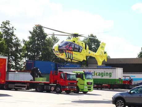 Heftruckbestuurder verongelukt 'door vallend vat' in Stolwijk