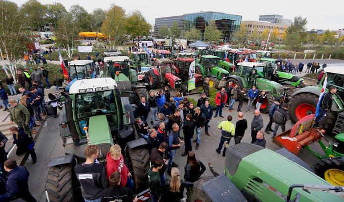 De motie waarmee Leefbaar Etten-Leur wilde uitspreken dat die gemeente 'Trots op de boeren' is, werd dinsdagavond vanwege een tekort aan steun niet ingediend.