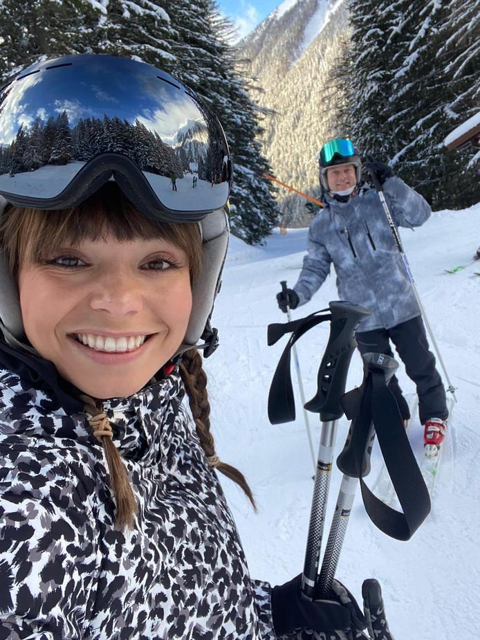 Utrechtse Kiki Düren (27) en haar vriend in de sneeuw, eerder die dag.