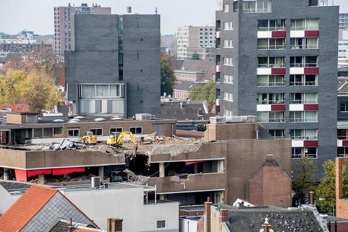 Het voormalige V&D-pand wordt verbouwd. Foto Jan van Eijndhoven/BeeldWerkt